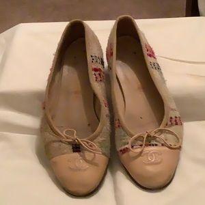 Vintage Tweed Chanel Flats